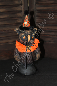 Isaac The Owl Full Statue